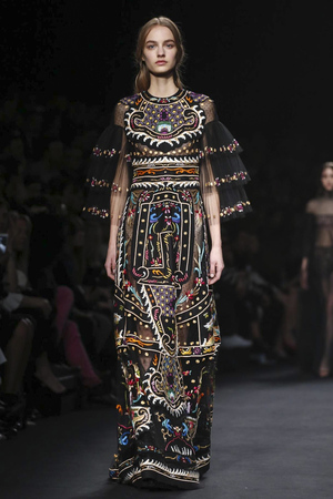 Valentino RTW Fall Winter 2015 Paris