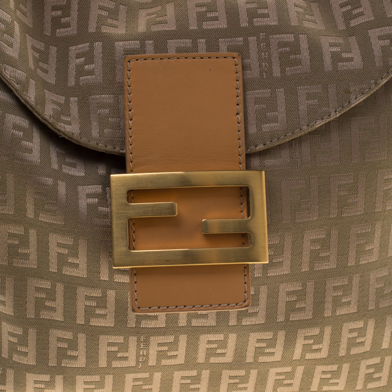 spot-fake-fendi-handbag